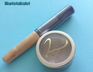 jane iredale amazing base vogue influencer iliketotalkalot